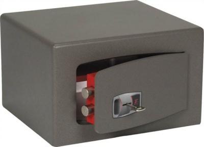 B�torsz�f,kulcsos z�r, 19 l, 220x350x300 mm, TECHNOMAX
